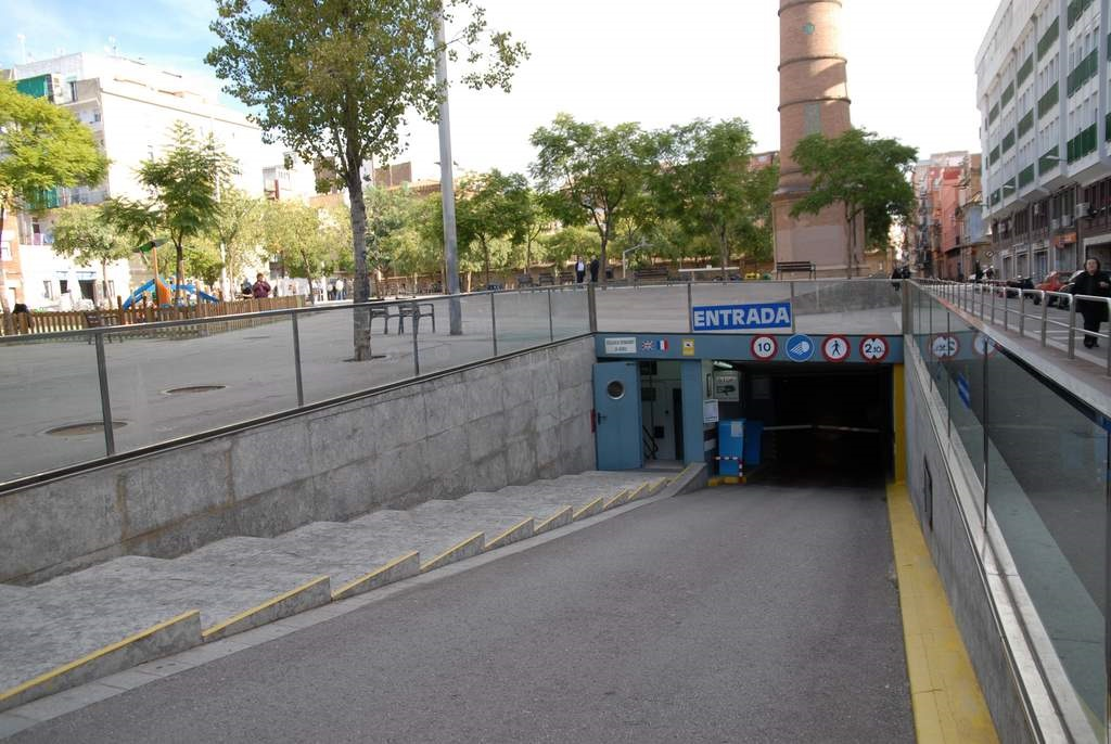 Parking viajeros sants estacion parkvia - Comprar parking en barcelona ...