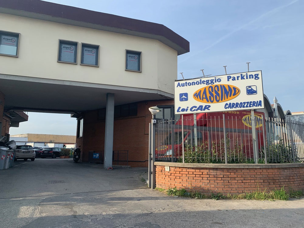 Massimo Parking Aeroporto Firenze