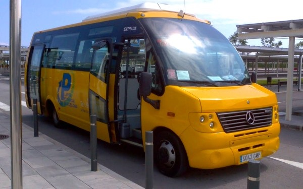 Parking Larga Estancia Shuttle Bus