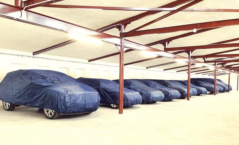 smile parking prag parkvia. Black Bedroom Furniture Sets. Home Design Ideas